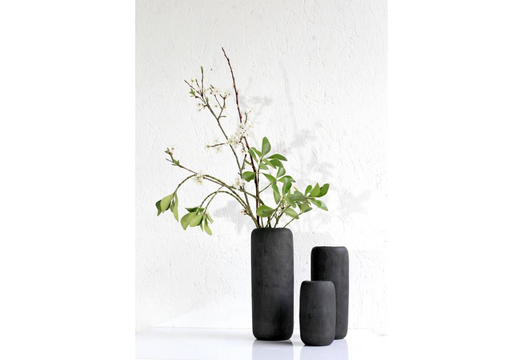 Vase noir - Format intermédiaire