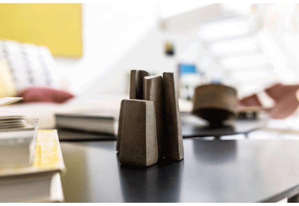 Petite Famille Anouk Albertini Sculpture Zeuxis