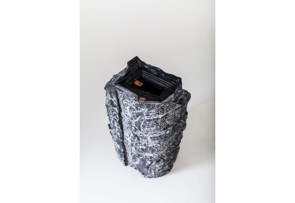 Le Vulnérable - Sculpture vase